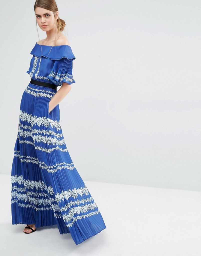 Self Portrait Dress - €408,44
