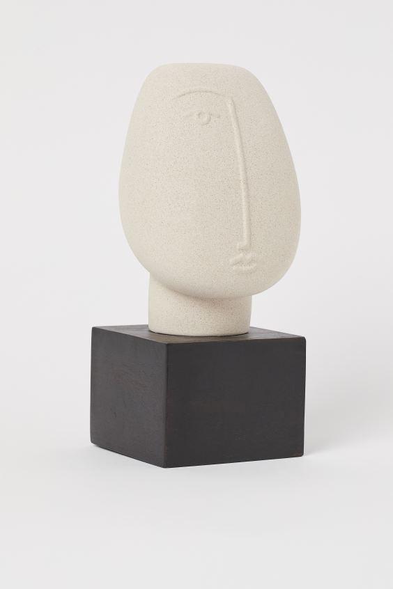 H&M Ceramic Sculpture $29.99