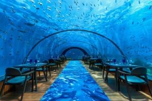 hurawalhi-58-undersea