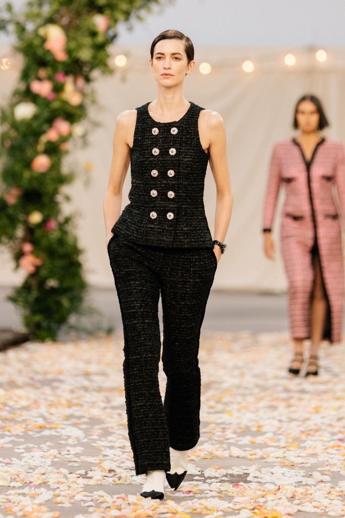 00002-Chanel-Couture-Spring-21