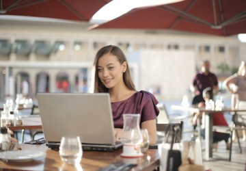 10 remote jobs that will allow you to become a digital nomad