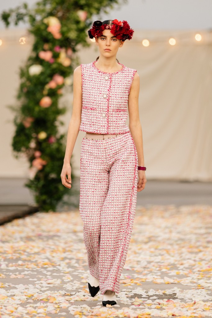 00007-Chanel-Couture-Spring-21
