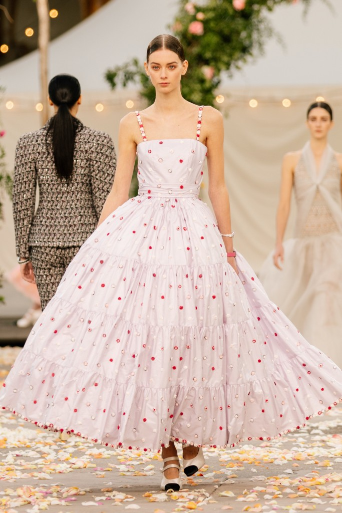 00025-Chanel-Couture-Spring-21