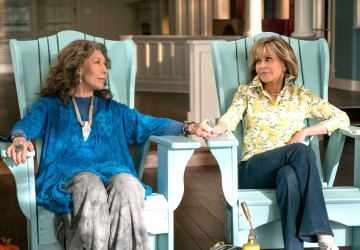 Friendship, Love, Family and hilarious Moments, is what you can expect in the Netflix series Grace & Frankie